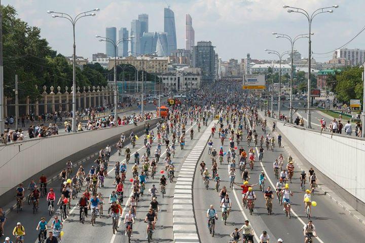 В российской столице велопарад собрал 40 000 участников