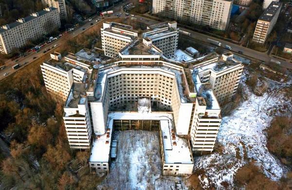 Наместе Ховринской больницы-долгостроя появится жилье— Хуснуллин