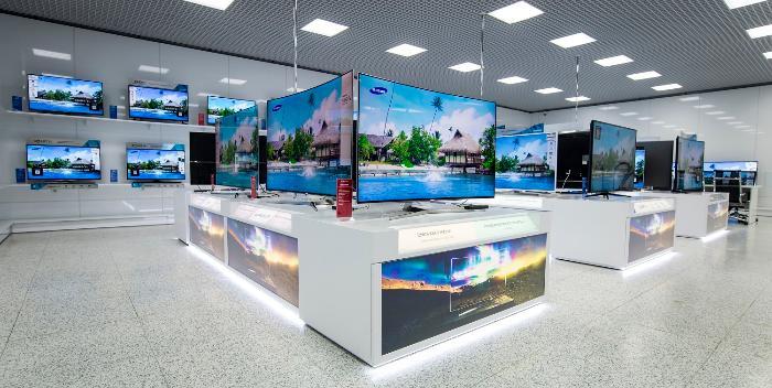 В России стартовали продажи флагманских телевизоров Samsung