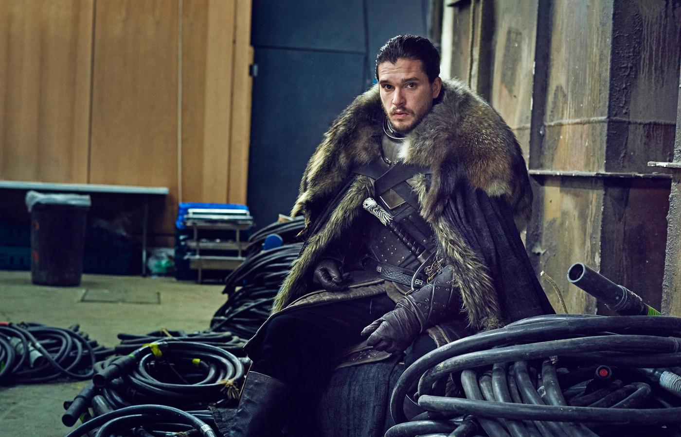 Роскомнадзор направил предупреждения 123 сайтам ссериями нового сезона «Игры престолов»
