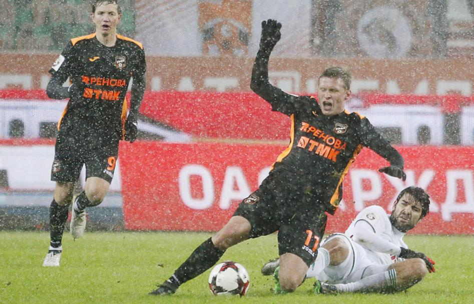 Ошеломляющий гол Фидлера принёс «Уралу» ничью вматче с«Локомотивом»