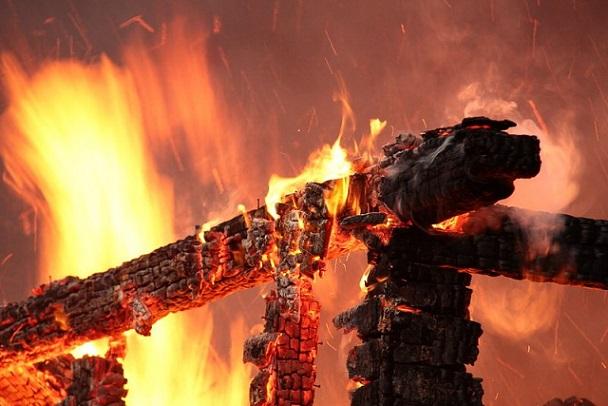 Натрассе вКузбассе сгорел пассажирский автобус