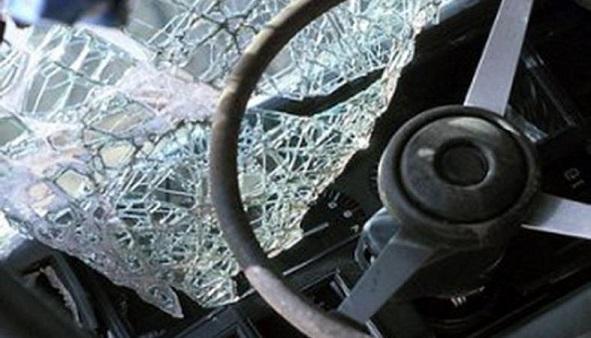 В новейшей  столице  при лобовом столкновении 2-х  иномарок пострадали два человека