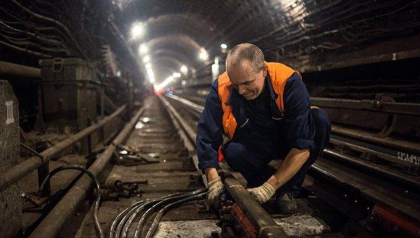 Платформа станции метро «Пионерская» Филевской линии закрыта нареконструкцию
