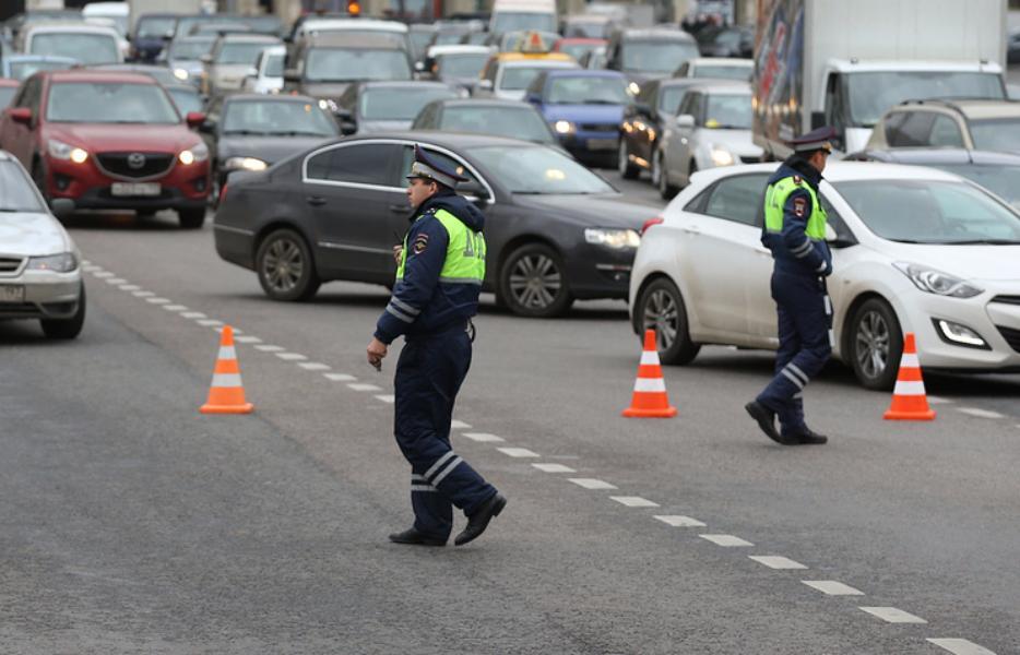 В столицеРФ ограничат автомобильное движение