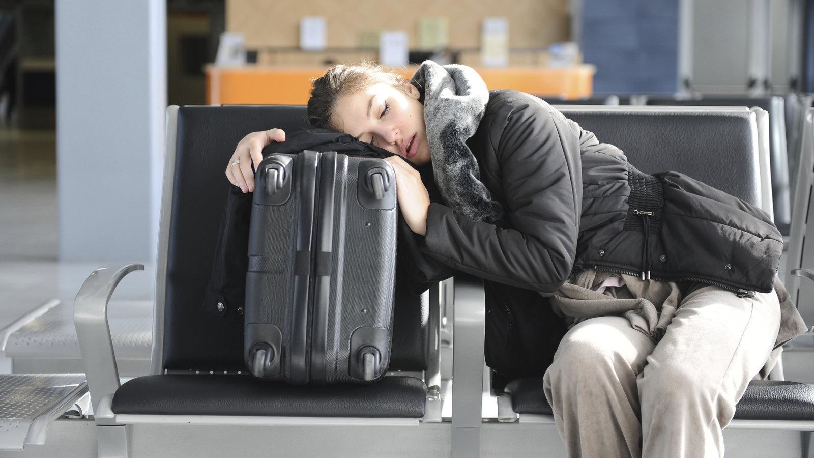 Около 50 рейсов задержаны ваэропортах столицы