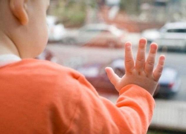 Ребенок выжил после падения изокна 2-го этажа в новейшей столице