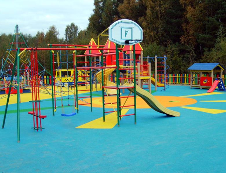 Водворе наулице Полярной благоустроят детскую площадку