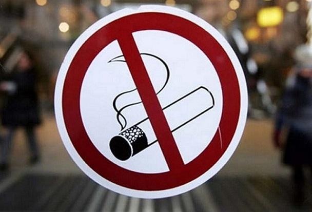 19-летний москвич получил две пули за курение в общественном туалете