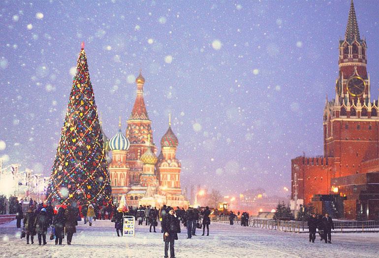 Безопасность в столице России наНовый год обеспечат 15 тыс. человек