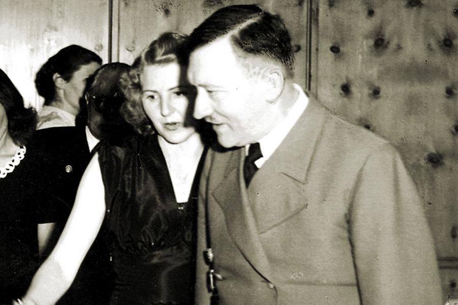 Историки узнали новые детали осмерти Адольфа Гитлера