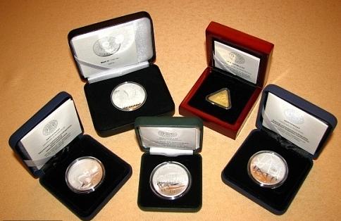 Коллекционные монеты украли упенсионера навостоке столицы