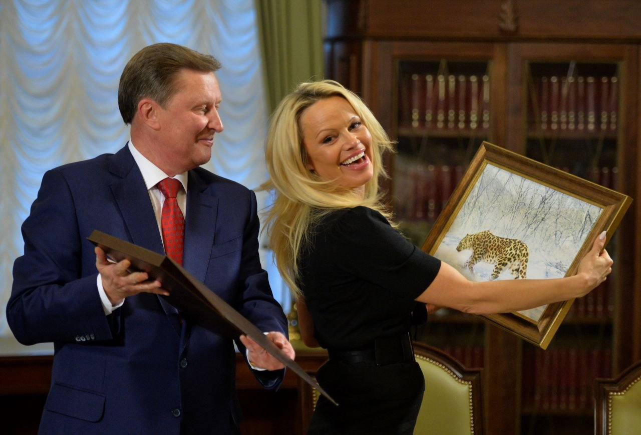 Памела Андерсон непротив получить русский паспорт