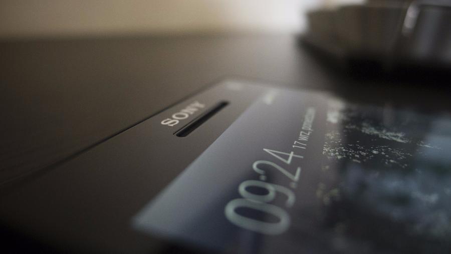 В РФ начались продажи линейки телефонов Сони Xperia X