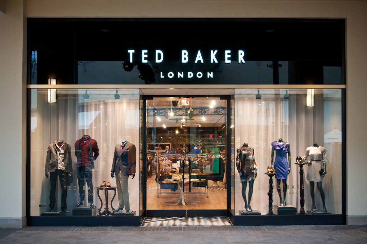 Яркий стиль с Ted Baker