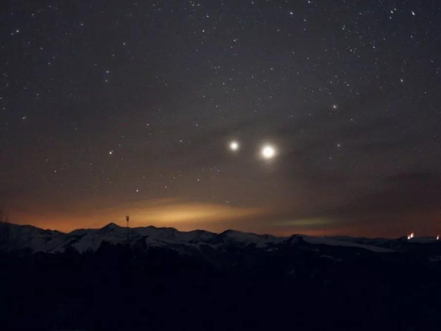 8 апреля москвичи без телескопов увидят в небе Юпитер яркий как Луна