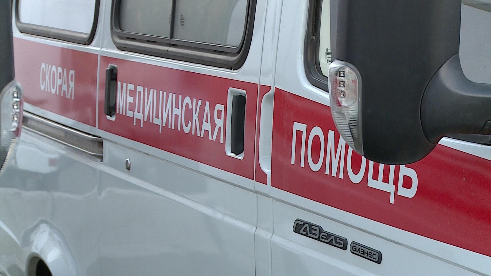 Трамвай сошёл срельсов после ДТП в столице