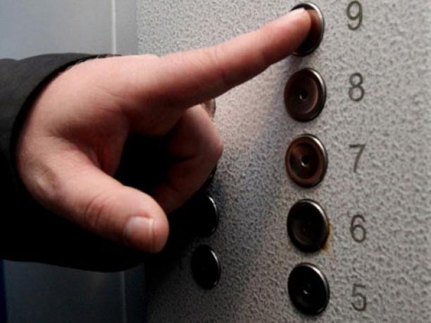 ВЮВАО появились малошумные лифты, снабженные  мониторами для видеосвязи сдиспетчером