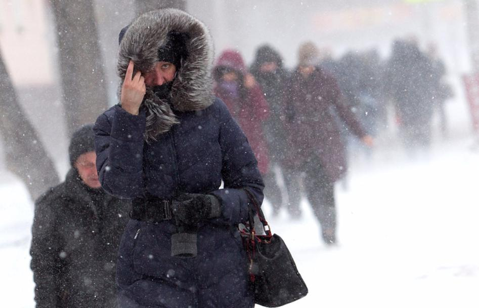 На столицуРФ надвигается сильный снегопад, объявлен «оранжевый» уровень опасности