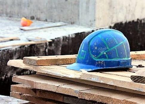 СКпроводит проверку пофакту погибели рабочего настройке в российской столице