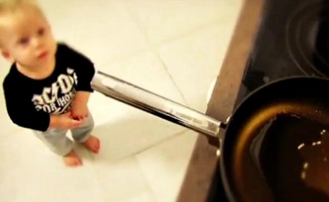 Годовалого ребенка сожогами 25% поверхности тела доставили вреанимацию в российской столице