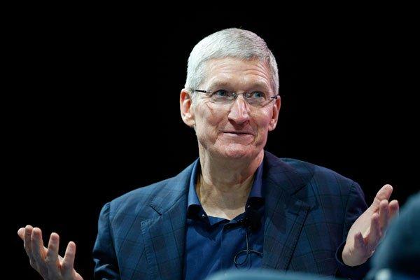 Тим Кук реализовал акции Apple на $35 млн