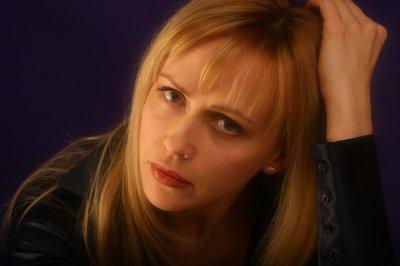 46-летняя звезда телесериалов Анжелика Волчкова вочень тяжелом состоянии доставлена вбольницу