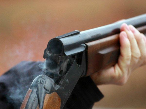 Мужчина вмаске обстрелял извинтовки прокуратуру вПодмосковье