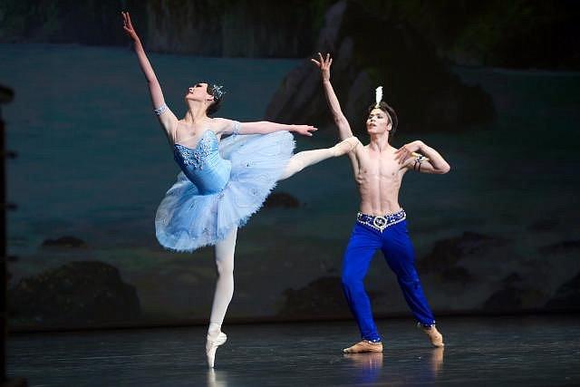 Международный конкурс артистов балета прошел