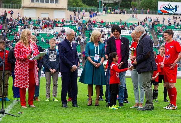 На детский турнир по футболу «Кубок Добра» соберутся команды из 6 стран мира