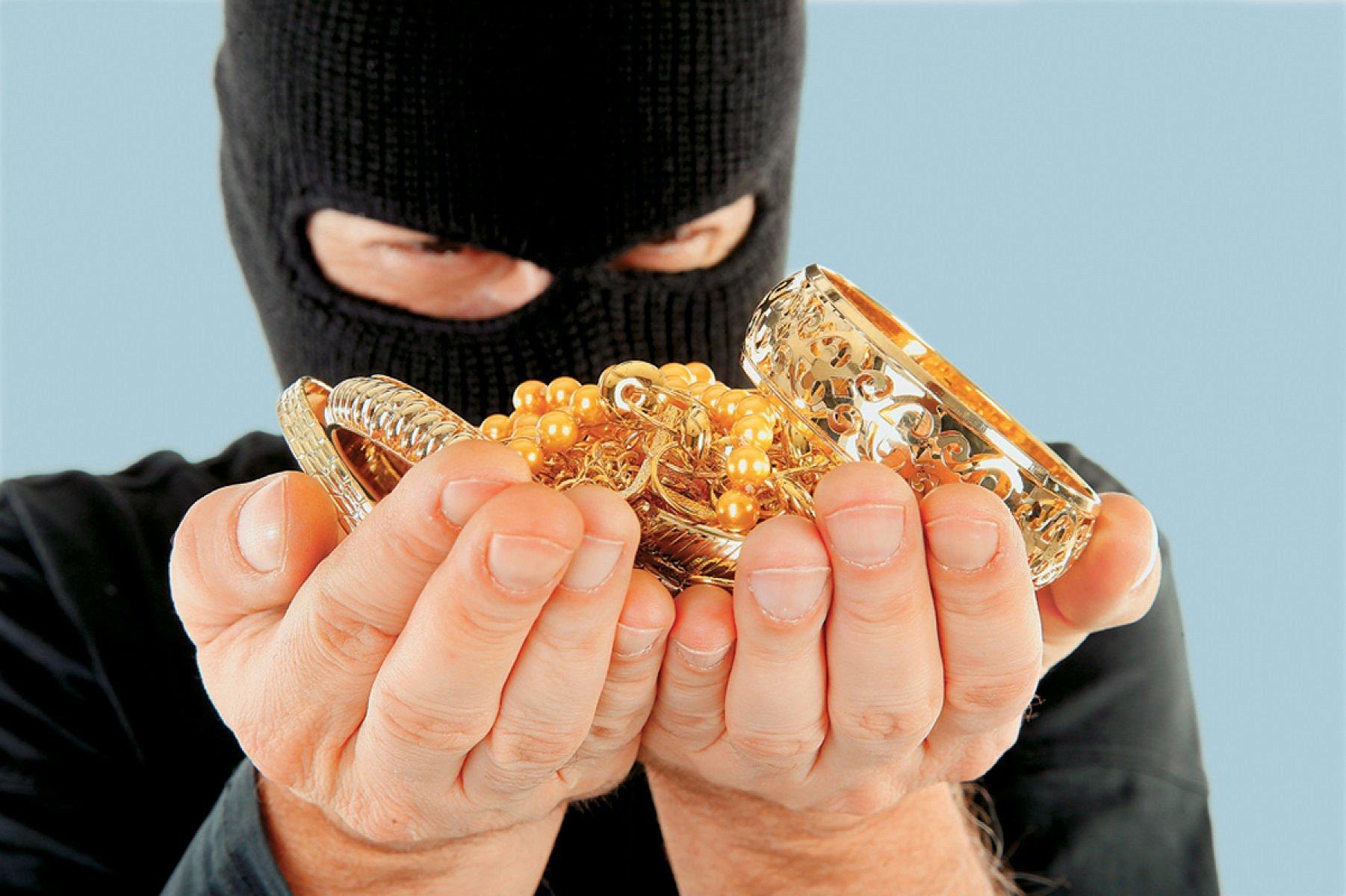 Обвиняют в краже что делать золота Сделать
