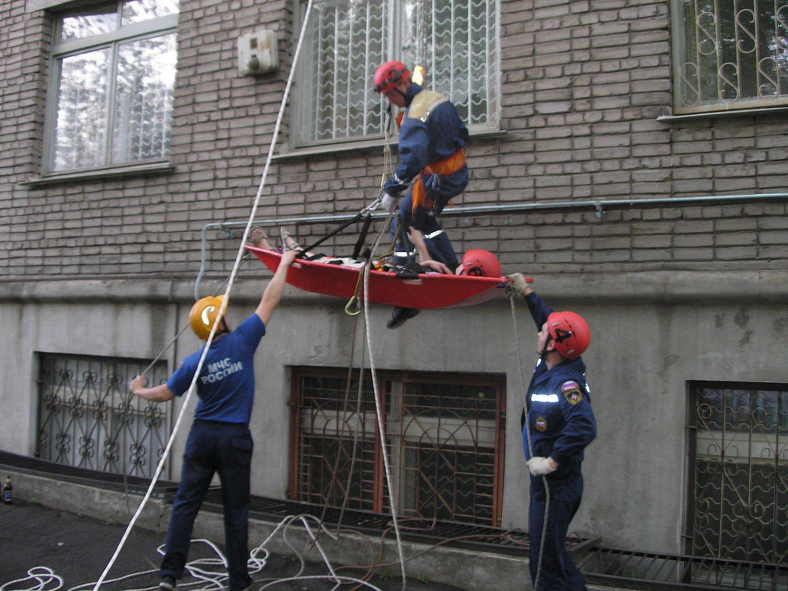 Монтаж систем оповещения и управления эвакуацией людей при пожаре - фото 1